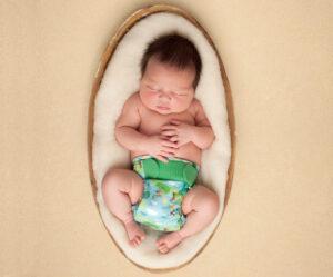 TotsBots produziert jetzt wohl in Sri Lanka (Bilequelle: TotsBots | https://www.totsbots.com/blog/blog-post/looking-after-newborn-skin)